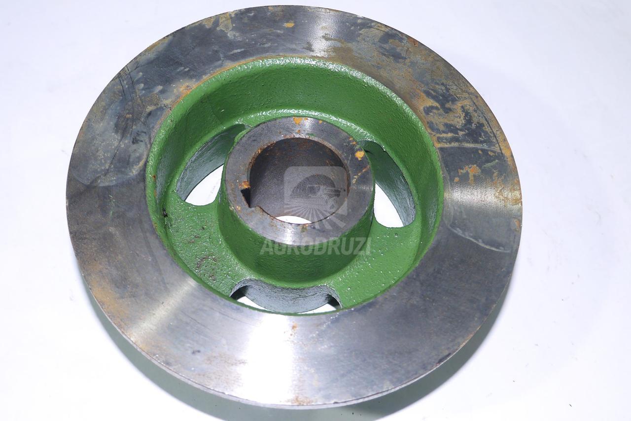 Ролик залізний нижній транспортера зілля  5644/51-009/0