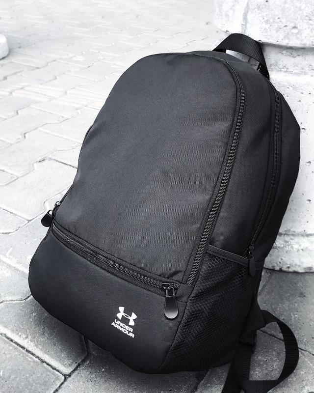 Рюкзак Under Armour черного цвета фото