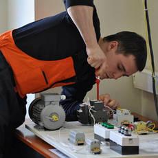 Монтаж электроприборов и оборудования