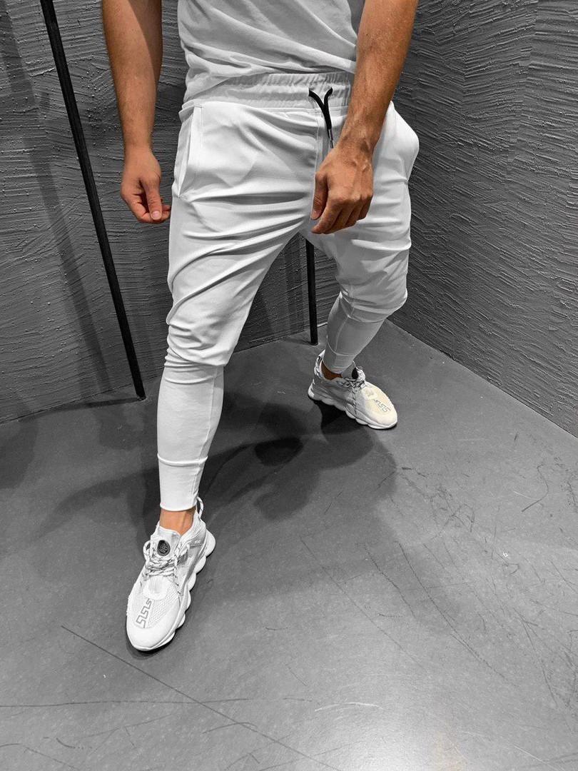 Мужские штаны на манжете белые. Живое фото