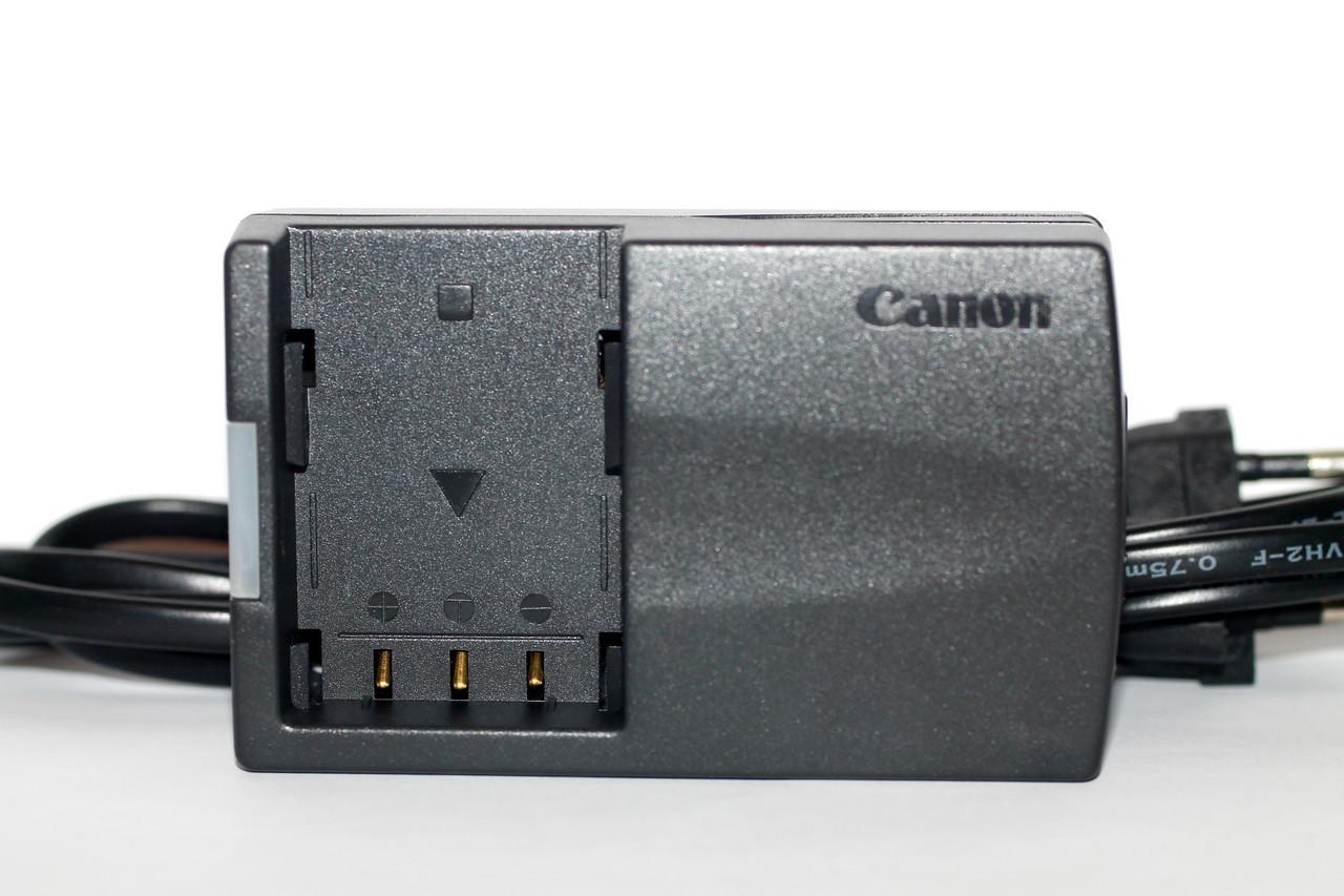 Зарядное CB-2LTE для фотоаппаратов CANON 350D 400D и видеокамер CANON - (батарея NB-2LH)