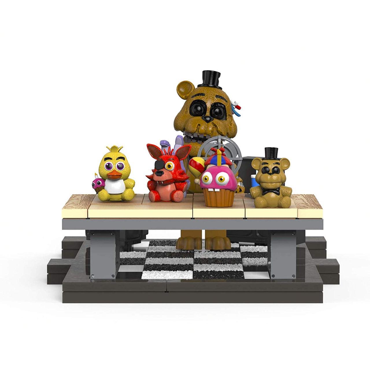 Конструктор 5 ночей с Фредди McFarlane Toys Five Nights at Freddy's Office Desk Офисный стол