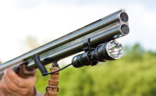Подствольные фонари оружейные