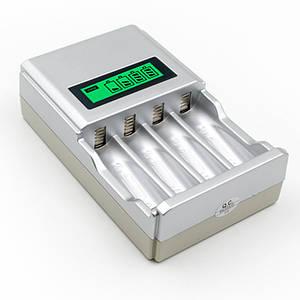 Інтелектуальний зарядний пристрій C903 з LCD дисплеєм для акумуляторів типу AA і AAA