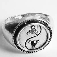 """Кольцо перстень """"Инь Янь"""" с кристаллами. Размер 19., фото 1"""