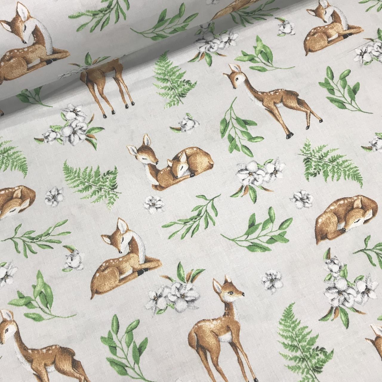 Хлопковая ткань олени коричневые и зеленые листья на светло-сером
