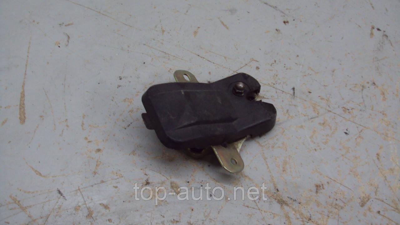Замок багажника  Mazda 323 BF BG 1985 - 1994 гв. 1.7 D PN