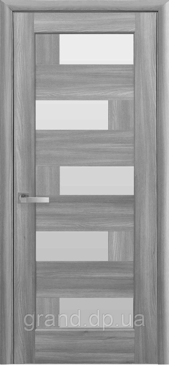 Межкомнатная дверь Пиана ПВХ DeLuxe с матовым стеклом , цвет бук пепельный