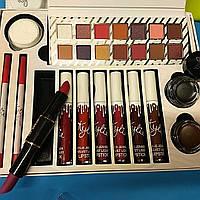 Большой набор декоративной косметики для макияжа