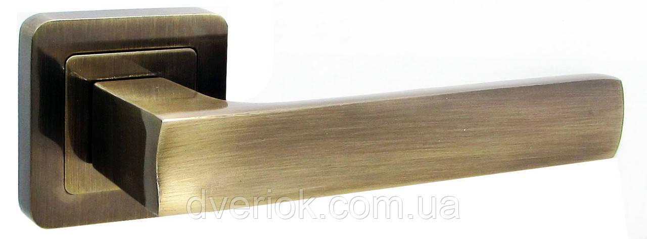 Ручки дверные USK A-70045 Старая бронза