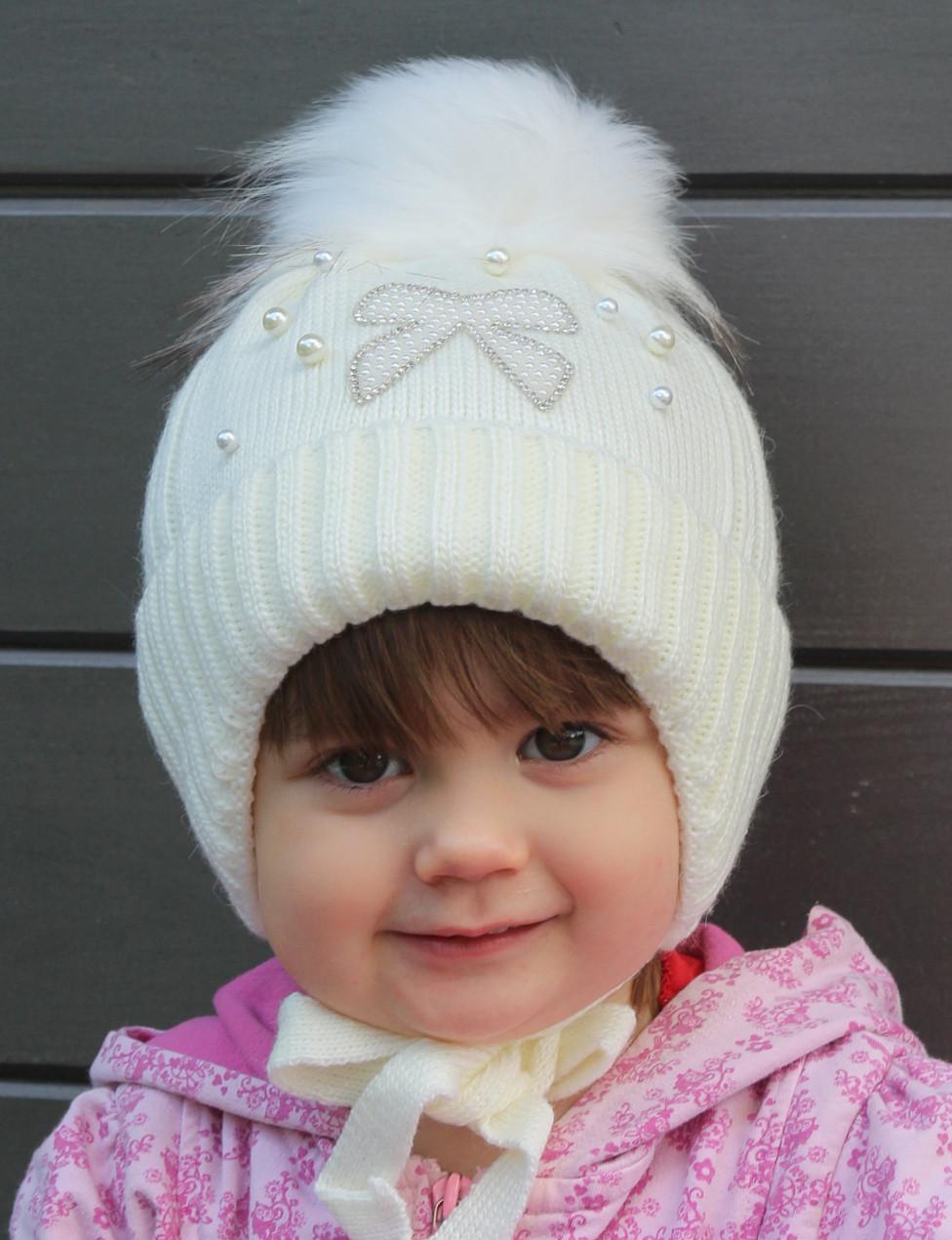№053 Зимняя детская шапка Бантик с искусств.помпоном. р.44-48 Есть клубника,св.розовый, св.мята, молоко, белый