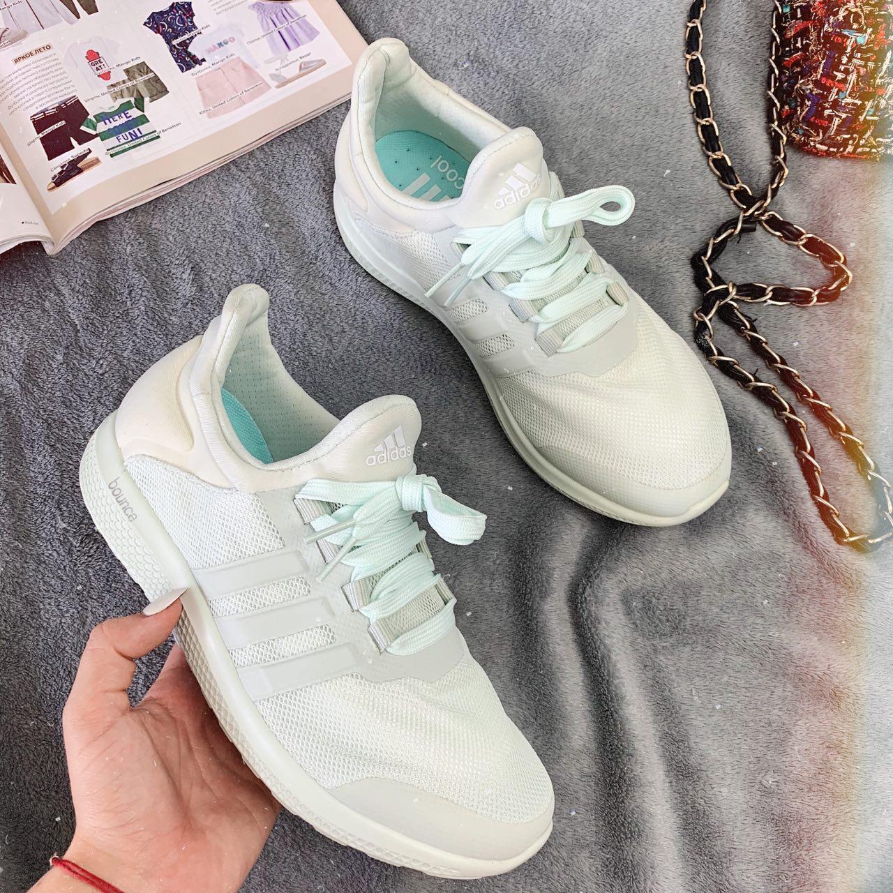 Кроссовки женские Adidas Bounce 30789 ⏩ [ 38> ]