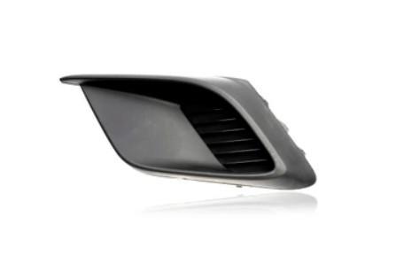 Решетка в бампер Mazda 3 (BM) 13-16 SDN/HB левая без отверстий для противотуманок 4424 911