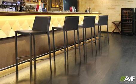 Барные высокие стулья