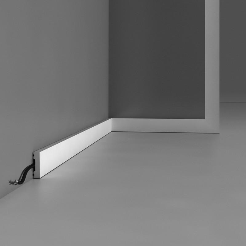 Плинтус, карниз, молдинг SX162,  200 x 4 x 1 cm