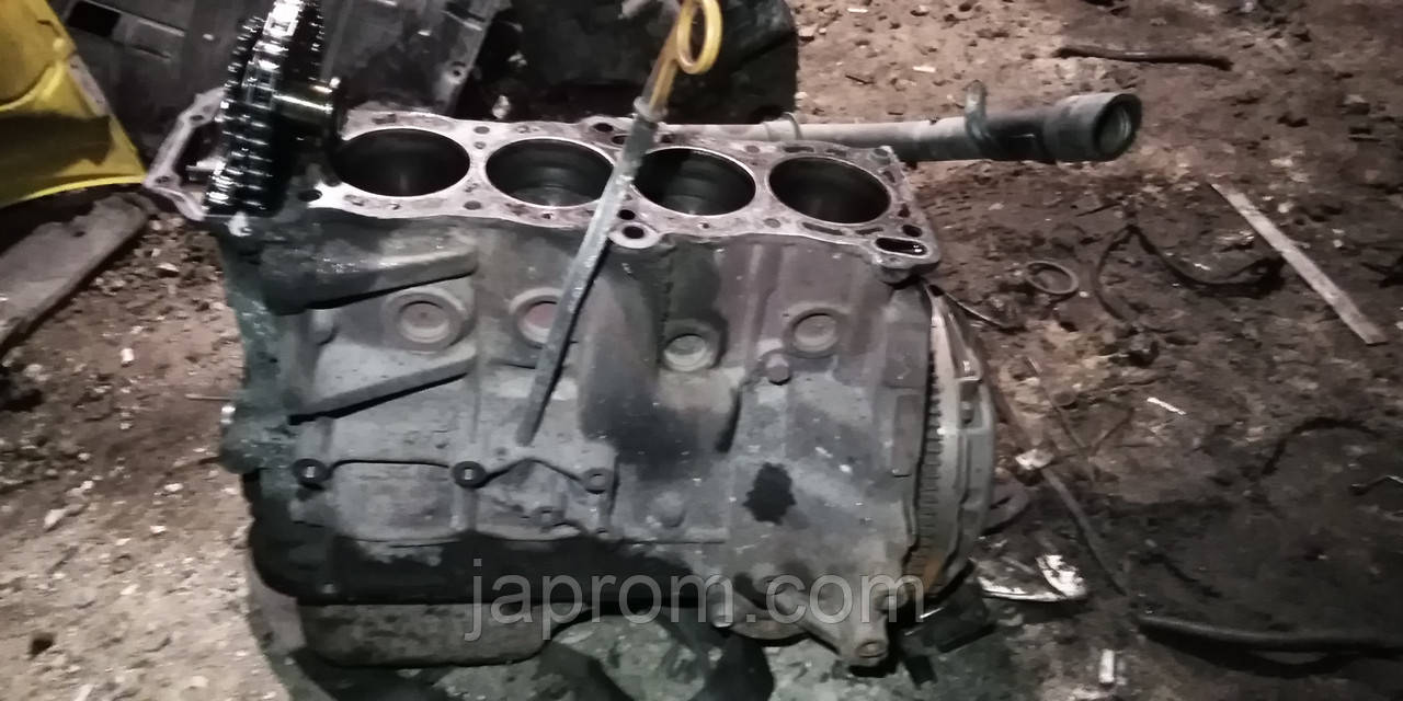 Блок двигуна (низ в зборі) Nissan Primera P10 P11 Ga16 1.6 бензин