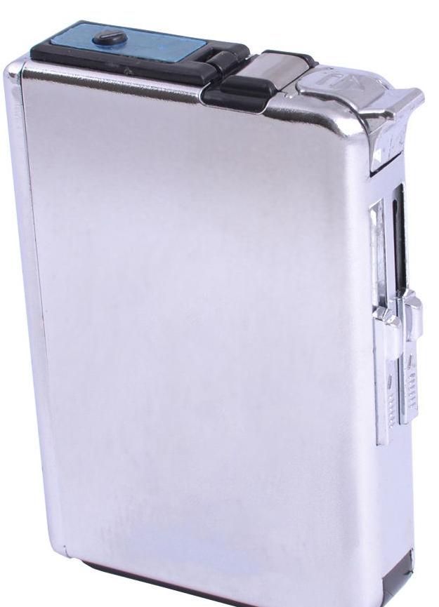 Портсигар 4180 под гравировку с зажигалкой и выбросом сигарет