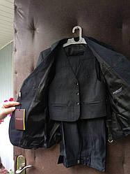 Школьный костюм тройка на мальчика, новый, размер 54(128-134), 56(134-140).