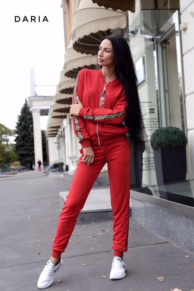 картинка красный спортивный костюм 42-48 р