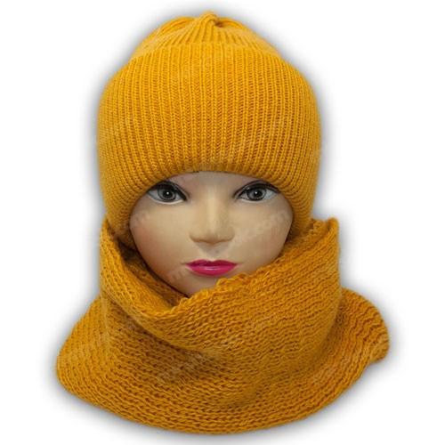 Комплект шапка и хомут для девочки