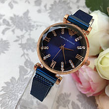 Женские наручные часы EA