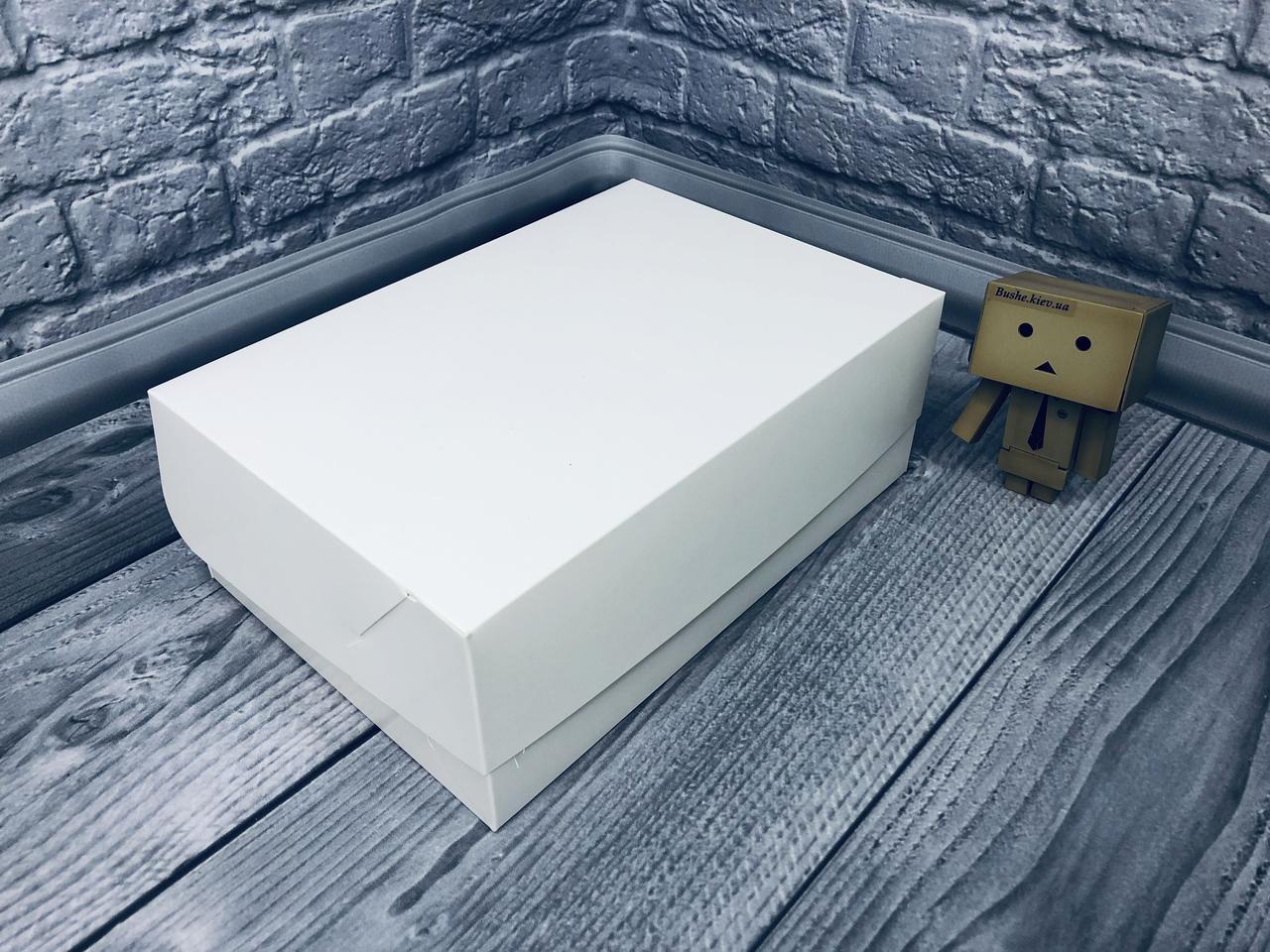 *10 шт* / Коробка для 6-ти кексов / 250х170х90 мм / Белая / б.о.