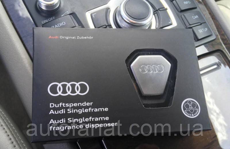 Оригинальный ароматизатор воздуха в салон Audi Singleframe Fragrance Dispenser, Black/Silver (80A087009)