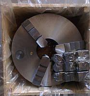 Токарный патрон 7103-0049 (4-кулачковый, ф=400, конус 6)