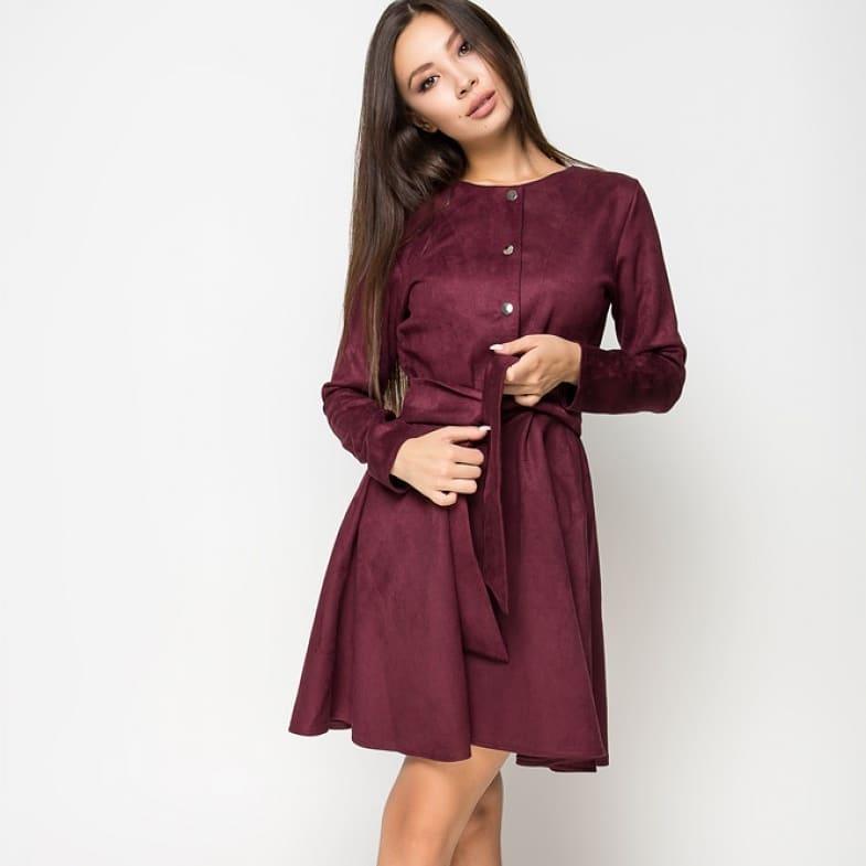 Милое замшевое платье под поясок