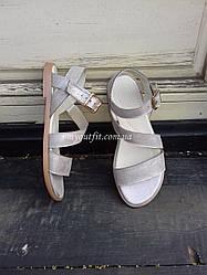 Женские сандалии кожаные Бежевый металик Размеры 38 и 40