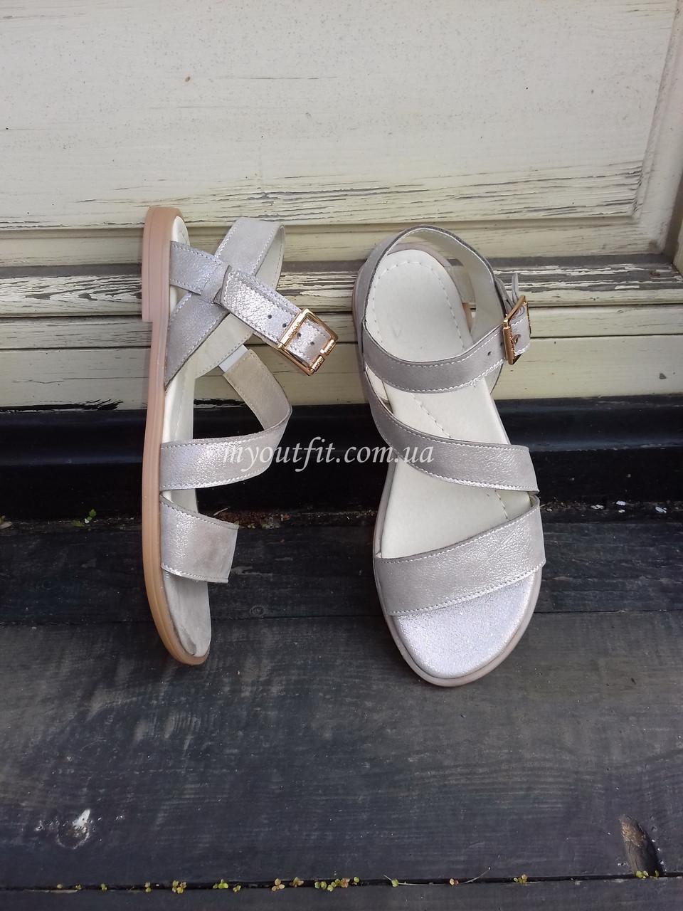 Женские сандалии кожаные Бежевый металик