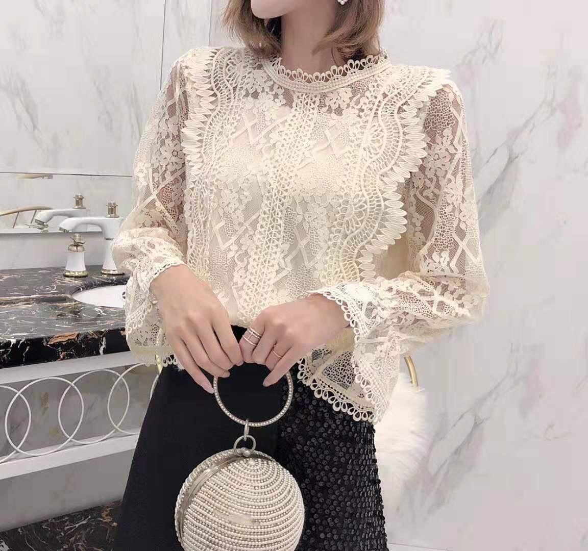 Ажурная блузка с расклешенным рукавом 42-46 (в расцветках)