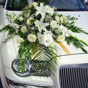 Прикраси для весільних машин