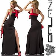 Длинное платье в пол с разрезом и открытыми плечами