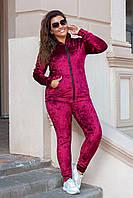 Спортивный костюм с капюшоном велюровый женский батал Love, бордо