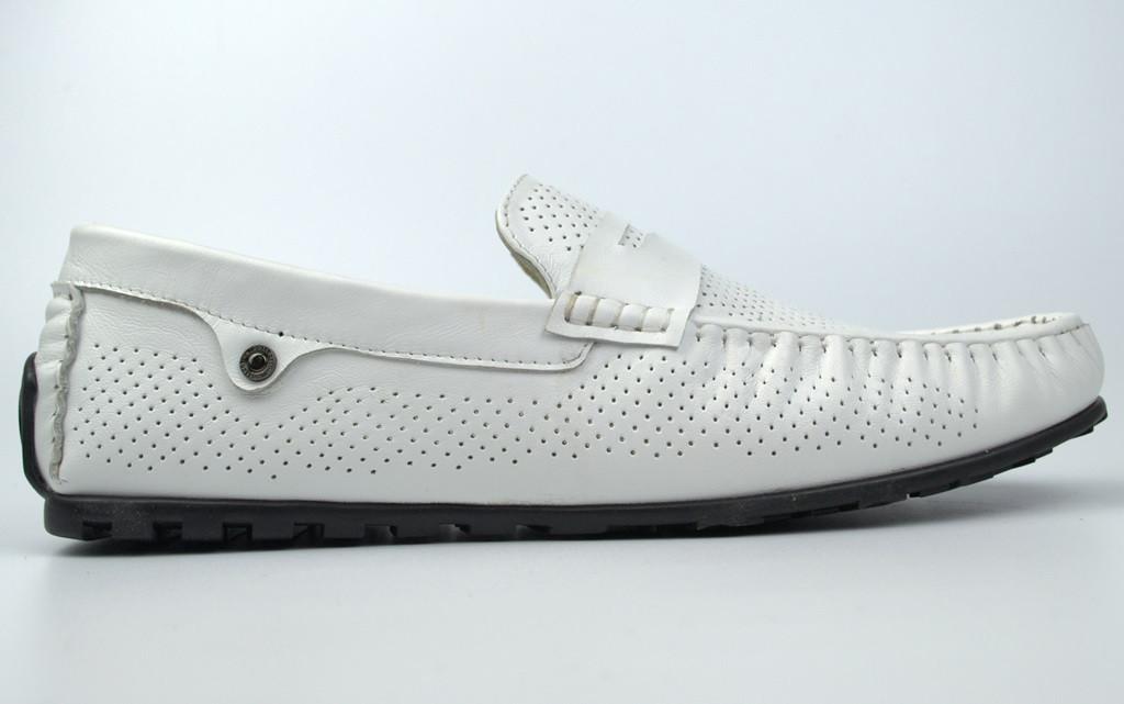 Мужские мокасины белые кожаные в перфорацию летняя обувь ETHEREAL Classic White Perf by Rosso Avangard