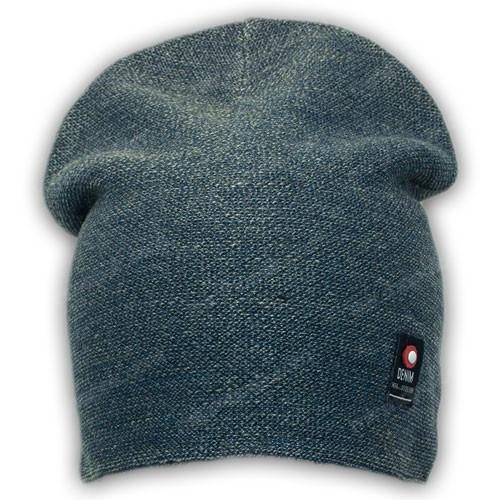Молодежная вязанная шапка