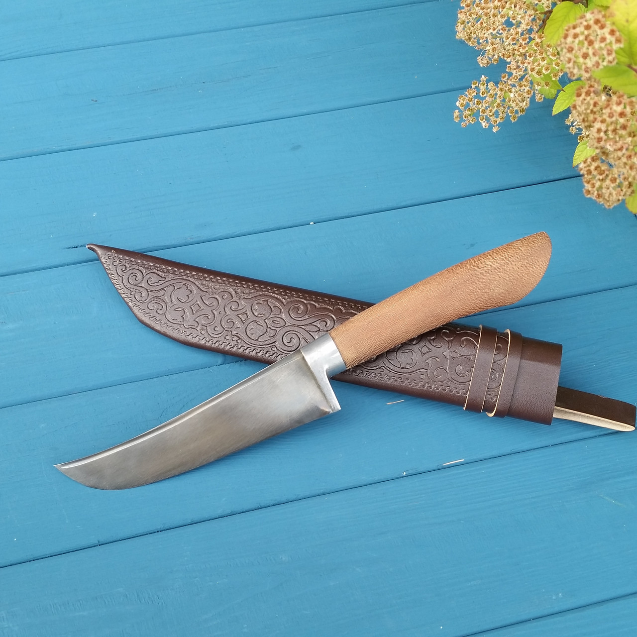 Узбекский нож-пчак с рукоятью из чинары