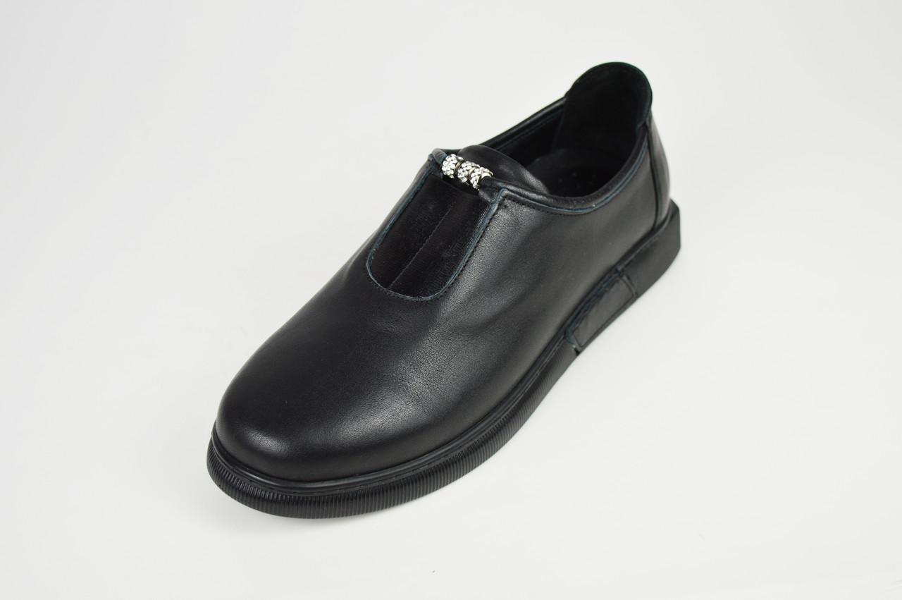 Туфли кожаные черные на плоской подошве Molly Bessa 4021