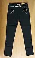 Котоновые стрейчевые брюки для девочки черного цвета