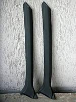 Накладка передней стойки левая 110216-5325131. Накладка левой передней стойки Таврия-люкс. Накладка Славута