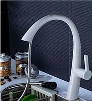 Смеситель белый для кухни с лейкой   1-113, фото 1