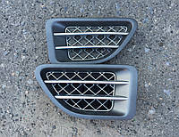 Решетка крыла Range Rover Sport