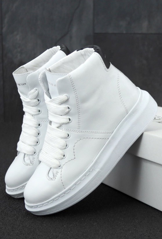 Женские Кроссовки Alexander McQueen LARRY LEATHER HIGH TOP WHITE