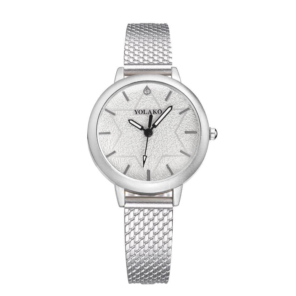 Стильные женские часы YOLAKO с тонким нейлоновым ремешком.