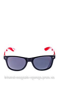 Очки солнцезащитные 104P2140 (Черно-красный)