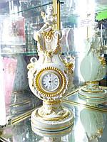 Итальянские фарфоровые часы с элементами позолоты и кристаллами Сваровски.Vittorio Sabadin.