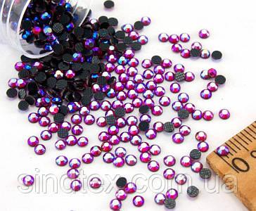 (10грамм ≈ 1000-1100 Стразы SS9 стеклянные(2,6-2,7мм) термоклеевые Цвет - Красный с синим напылением