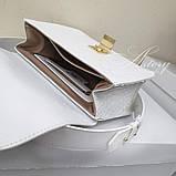 Женская белая сумка AGATA Gold с плетеной цепочкой, фото 2