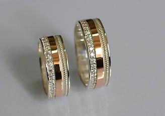 Обручальное кольцо из серебра с золотой вставкой (Обр23)